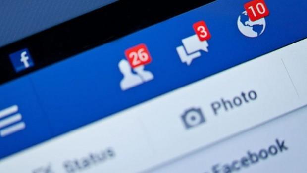 Facebook intikam pornosuna karşı kullanıcıların 'çıplak' fotoğrafını istiyor