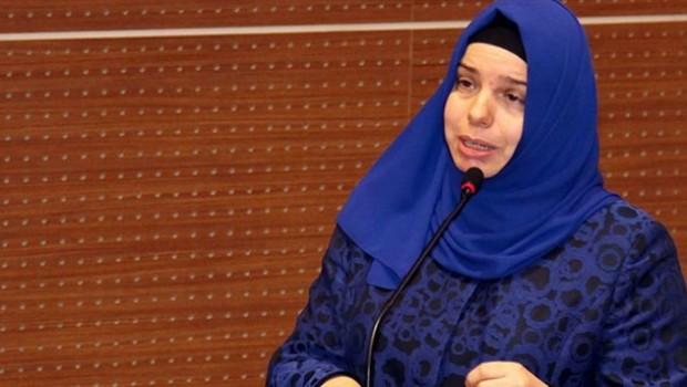Türkiye tarihinde bir ilk: Diyanet'e kadın başkan yardımcısı