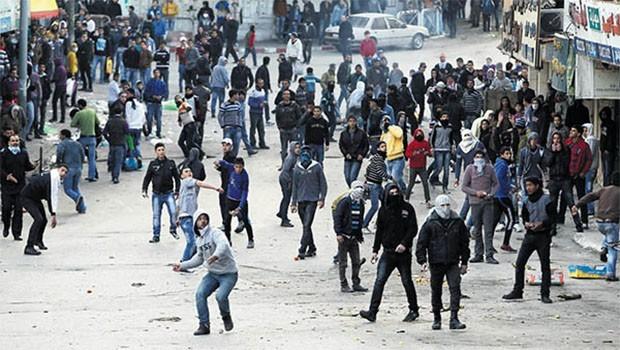 İsrail Savunma Bakanı: Umarım hayatımıza şiddet olayları olmadan devam ederiz