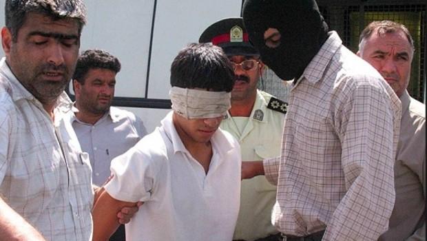 İran rejimi 18 yaşındaki Kürt gencine idam verdi