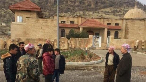 Başkan Barzani'den Hristiyan köyüne ziyaret