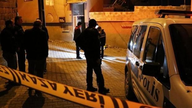 Antep'te polise ateş açıldı