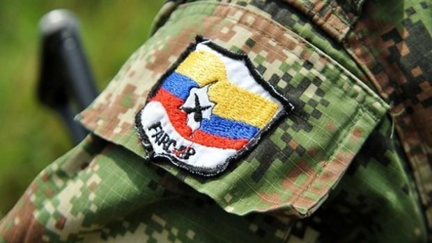 FARC'ın çekildiği topraklara çeteler yerleşiyor