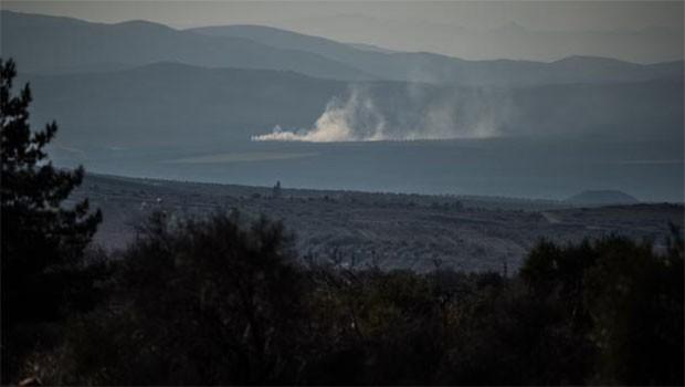 Türk Savaş uçakları Afrin'de PYD mevzilerini bombalıyor