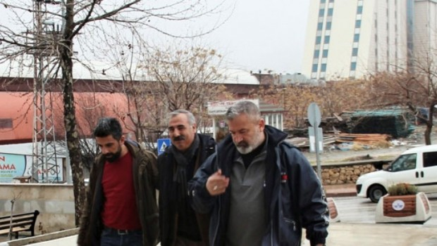 Yazar Yusuf Ziya Döger gözaltına alındı