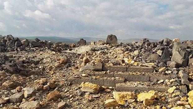 SOHR: Afrin'de 4 bin yıllık tarih yok edildi
