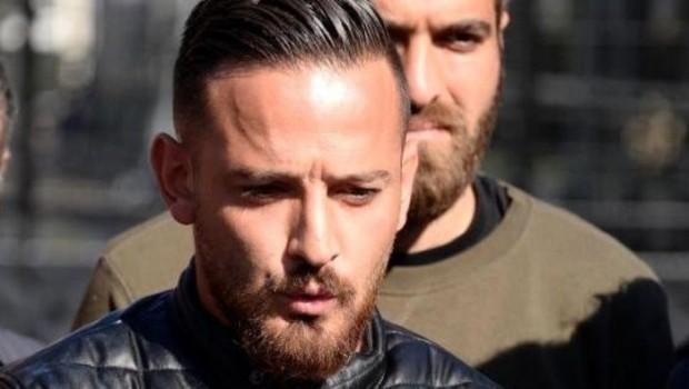 Türkiye'de futboldan men edilen Deniz Naki'den açıklama