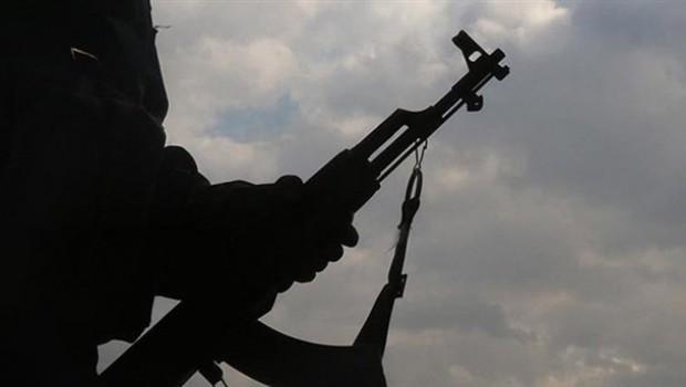 Hakkari'de askeri üsse saldırı: ölü ve yaralılar var