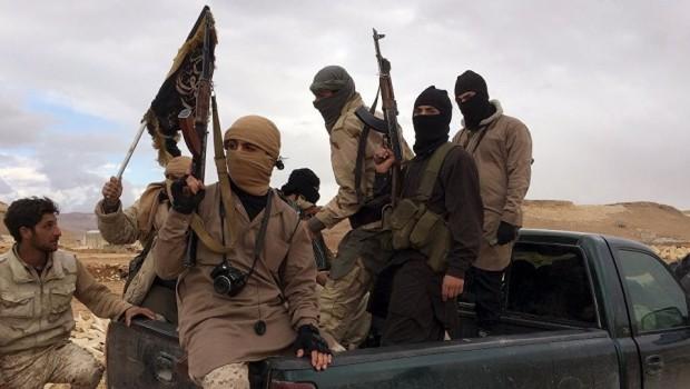Rusya'dan Suriye'de El-Nusra'ya hava saldırısı: 30 ölü