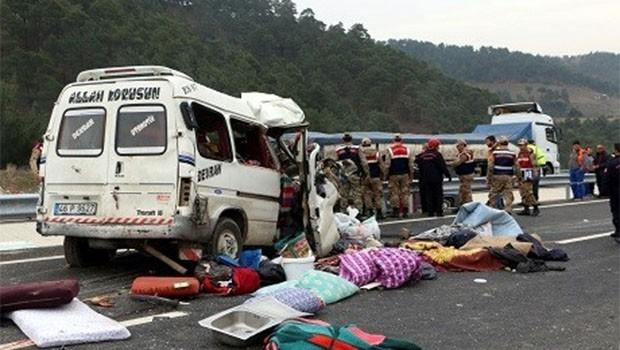 Trafik canavarı Maraş ve Siirt'te çok sayıda can aldı