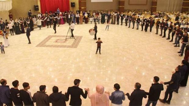 Kürtçe şarkılı düğüne 'örgüt propagandası' baskını
