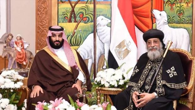 Suudi Arabistan'da bir ilk: Veliaht prens kiliseyi ziyaret etti