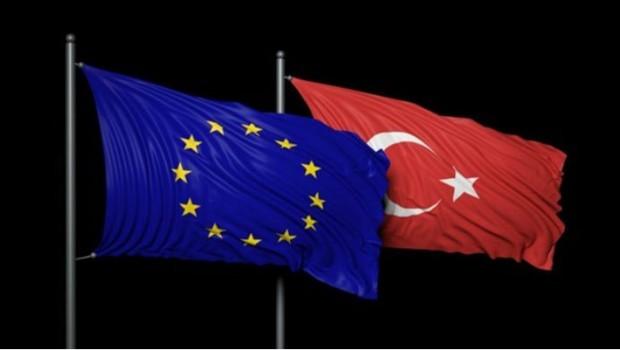 Avrupa Parlamentosu'ndan Türkçe kararı