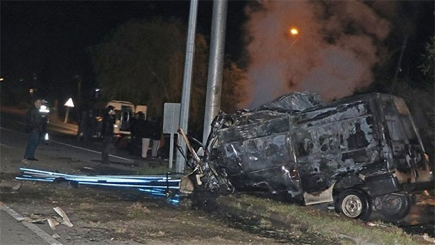 Iğdır'da katliam gibi kaza: 17 ölü, 36 yaralı