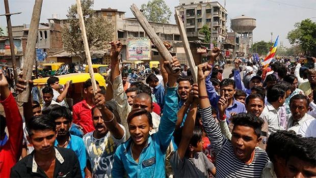 Hindistan'da Dalit ayaklanması