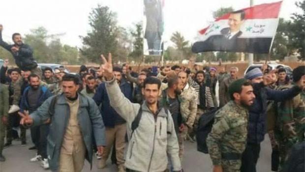 Haseke'den çok sayıda sivil Suriye ordusuna katıldı