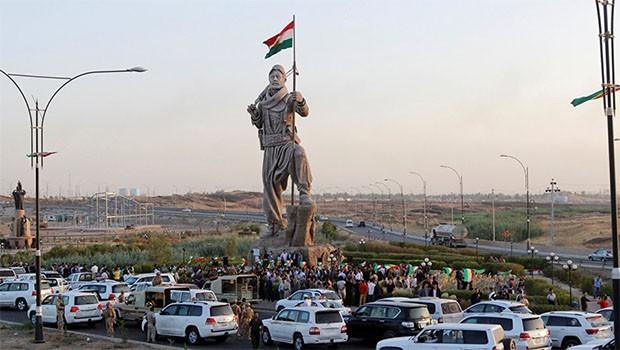 PDK: Kürdistan bayrağı dalgalanmadan dönmeyiz!