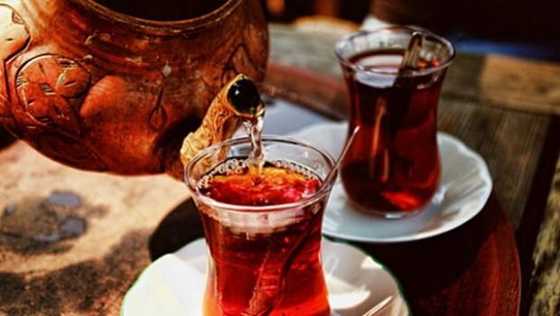 Japonlar keşfetti... Günde 20 bardak çay içerseniz bakın ne oluyor?