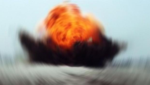 Deyr ez Zor'da patlama! Şam elektriksiz kaldı