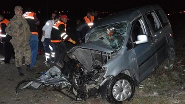 Ağrı'da feci kaza... 4 ölü, 3 yaralı