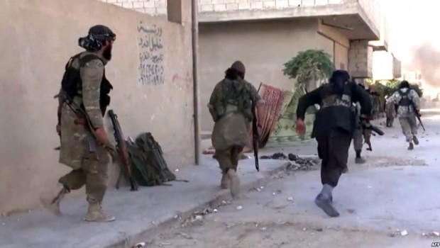 IŞİD güçlenmeye devam ediyor... Yine saldırdı!