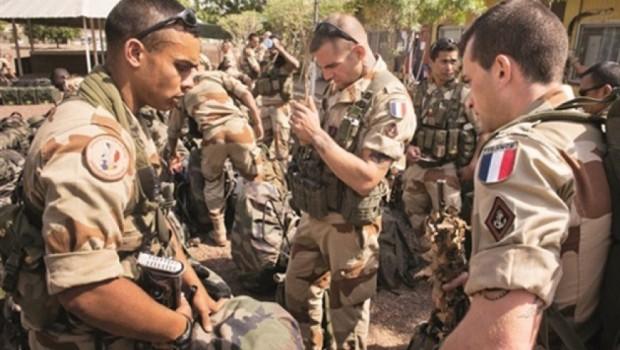 'Fransa Menbic'teki askeri varlığını artırıyor'