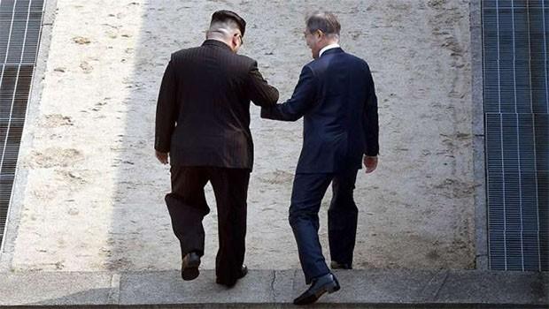 Kuzey Kore ve Güney Kore liderleri buluştu: 'Yeni bir tarih başlıyor'