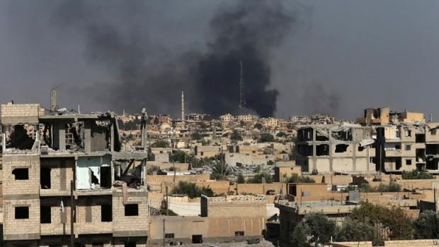Suriye ordusu ile IŞİD arasında çatışma