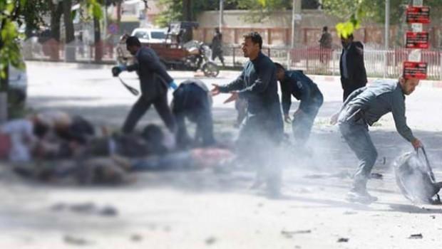 Kabil'de çifte bombalı saldırı! Çok sayıda ölü var