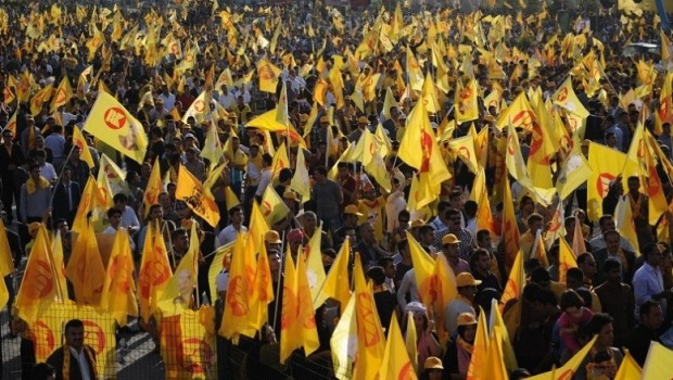 Arap Gazetesi PDK'nin seçim zaferini değerlendirdi: Referandum!