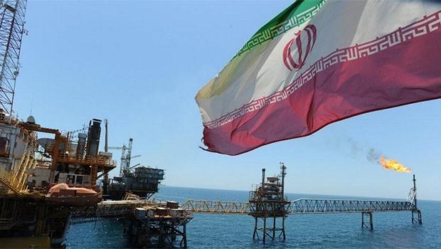 Petrol Şirketlerinden iran'a şok: Çekiliyorlar!