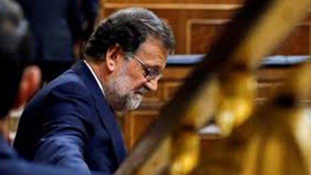 İspanya'da hükümet düştü!