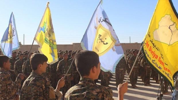 Kürt yönetimi Suriye'nin müzakere teklifini kabul etti