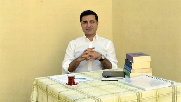 Demirtaş'tan seçmenlere çağrı