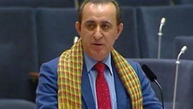 İsveç'in Kürt parlamenteri sınırdışı edildi