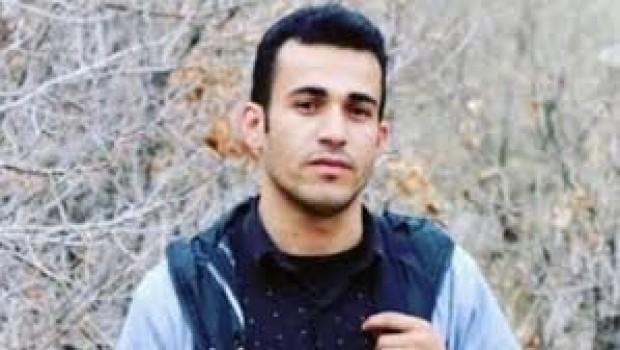 İran, Penahi'nin İdamını Erteledi