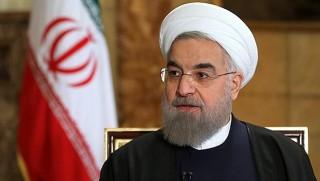 İran'ı karıştıran kitap: Ruhani ABD ajanı!