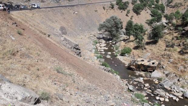 Şırnak'ta zırhlı araç şarampole devrildi: 1 ölü, 13 yaralı