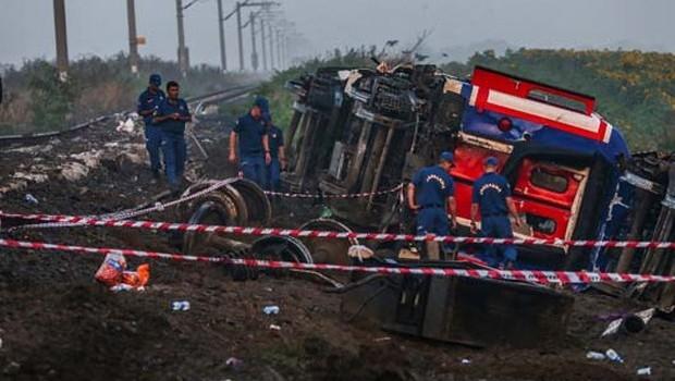 Tren kazasında hayatını kaybedenlerin sayısı 24'e yükseldi!