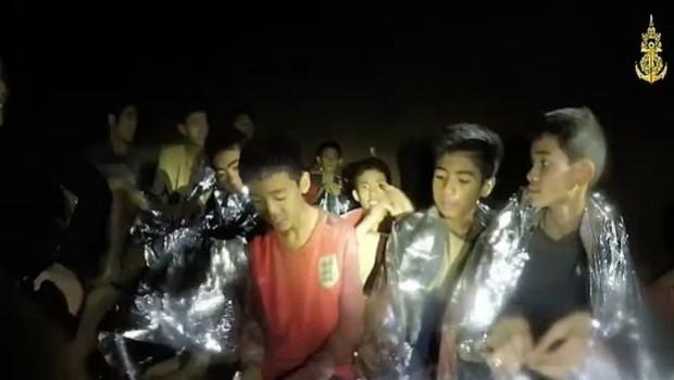 Tayland'da mağarada mahsur kalanların tümü kurtarıldı