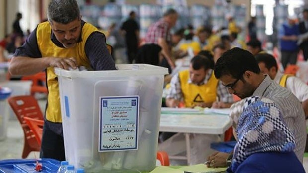 Erbil'de elle oy sayımına başlandı