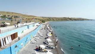 Kürt ilindeki plaja Denize kıyısı olmadığı halde Türkiye'de ilk kez mavi bayrak verildi