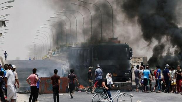 Gösterilerin başladığı Basra'ya 3 milyar dolar