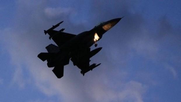 Heseke'de askeri uçak düştü