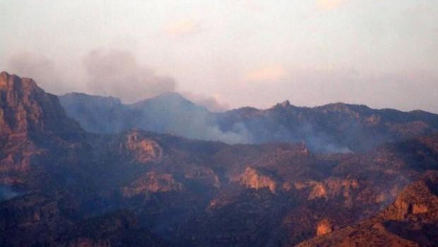 Cudi Dağı iki gündür aralıksız yanıyor