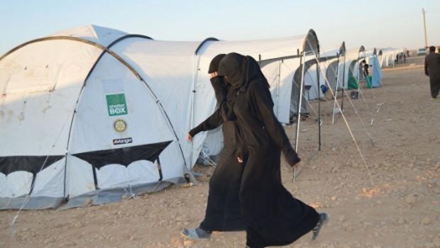IŞİD'liler Rojava kampında