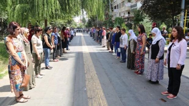 Diyarbakır'da Ezidi katliamı kınandı