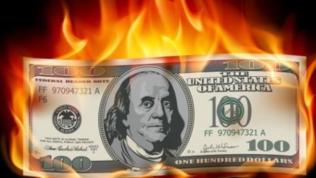 Kurdaki yükseliş durmuyor: Dolar 6 TL'yi aştı