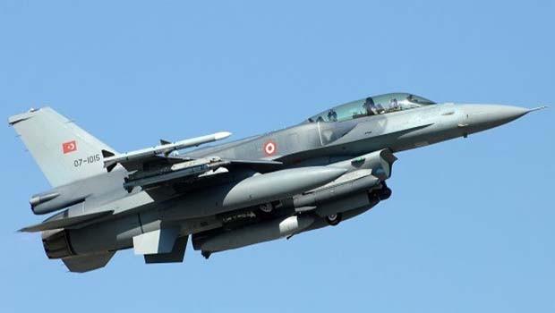 Türk savaş uçakları Şengal'i bombalıyor