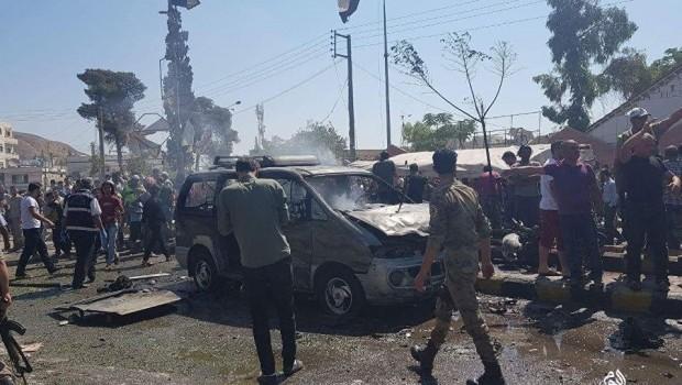 Azez'de bombalı saldırı: Ölü ve yaralılar var!